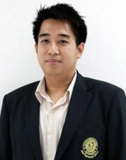 Associate Professor Dr.Weerayut Pimpaporn